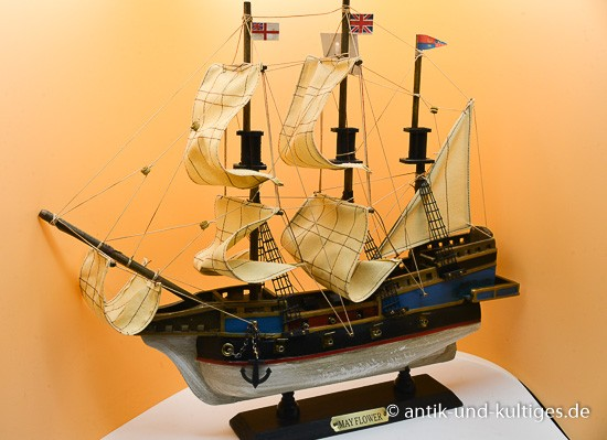 Modellschiff Mayflower