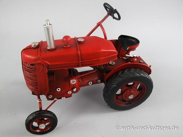 Traktor rot Blechmodell 17 cm