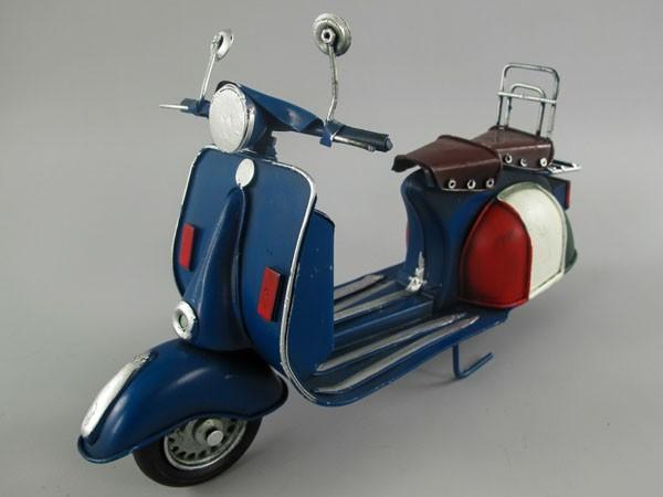 Scooter Motorroller Vespa Blechmodell 27 cm